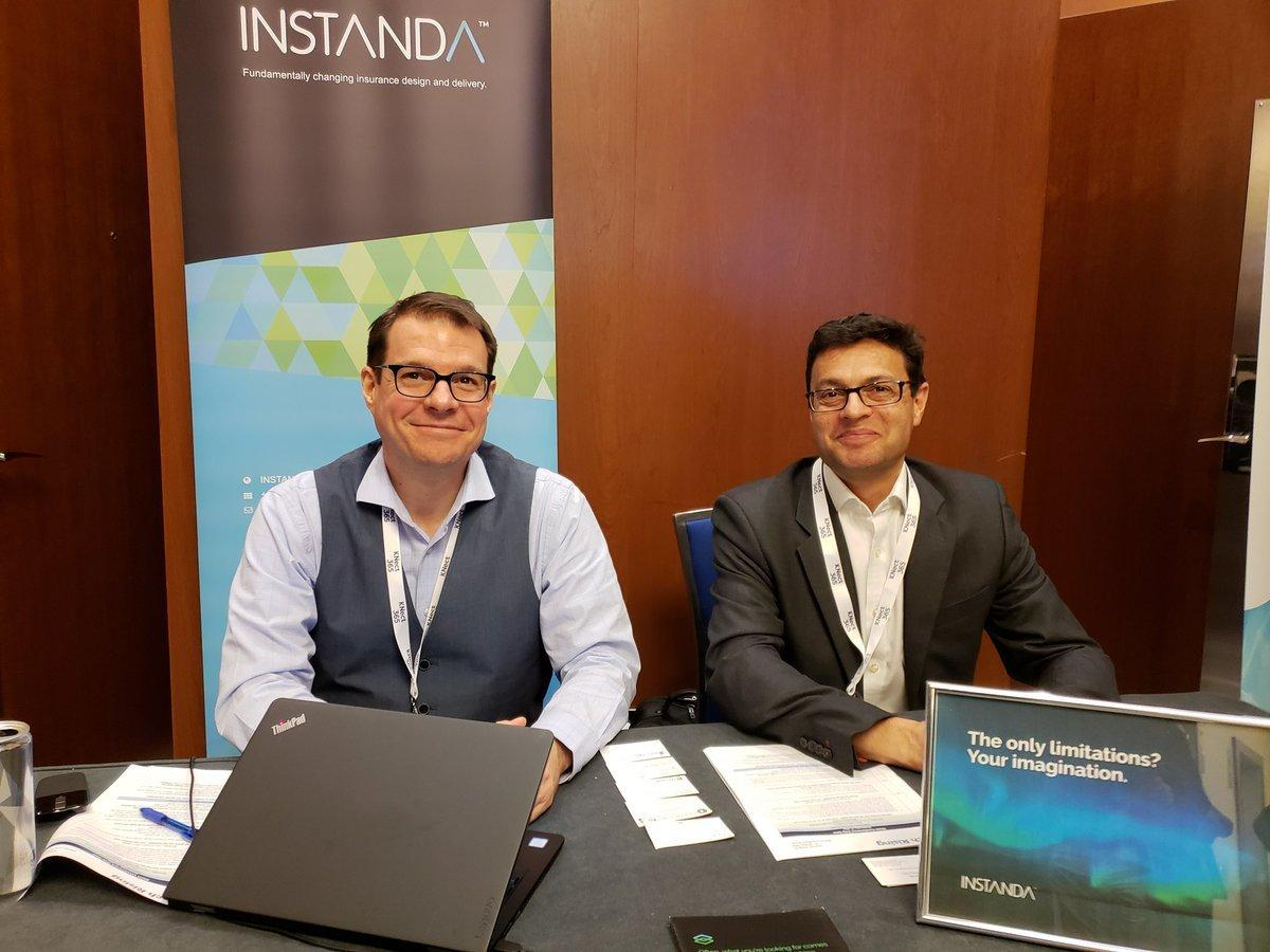 Instanda CEO Tim Hardcastle (right)
